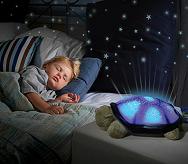 Varázsolj csillagokat a világító-zenélő teknőssel